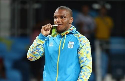 Борец Чакветадзе принес олимпийское золото вкопилку Российской Федерации